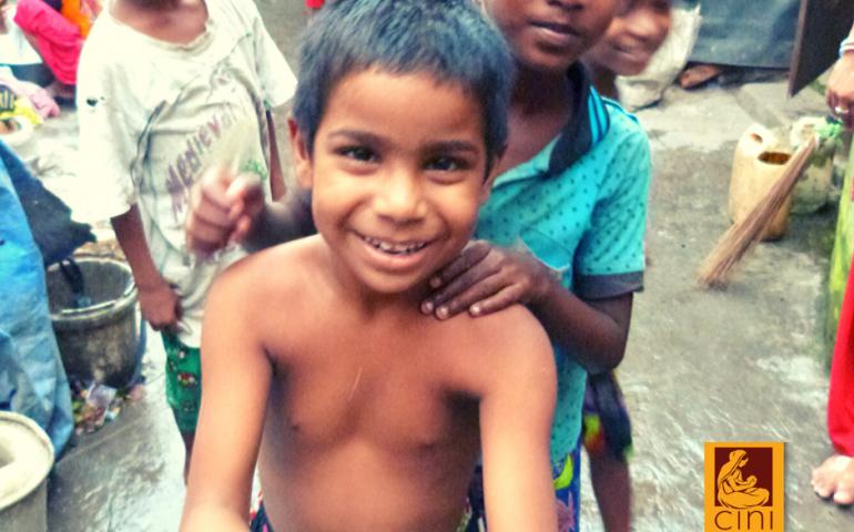 viaggio in india cini sostegno a distanza racconto esperienza angelo